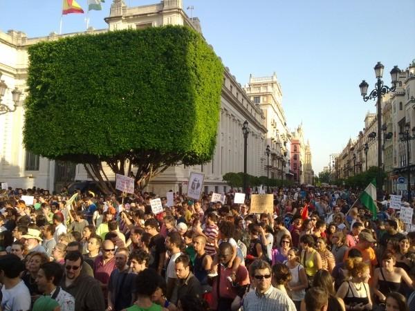 """Ruxandra Malvaloba, """"15M a la sombra  de la gran copa cúbica"""", Sevilla, 2011"""